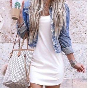 White tee shirt dress t-shirt rolled sleeve